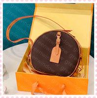Mujeres Diseñadores de Lujos Bolsos 2021 Monedero de temperamento Crossbody Bag Messenger Sling Hombro Estilo de moda Saddle Handbag Box 21012201DQ