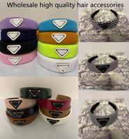 Großhandel stirnband ankunft triangel haarclip mit frauen mädchen brief dreieck barrettes mode haarschmuck für geschenk 19 farbe no box