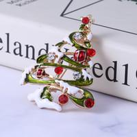 Рождественские броши лыжи Санта-Клаус снеговика Pin Знак Колокола Венки Рождественская елка Брошь Pins подарка ювелирных изделий ткань украшения партии