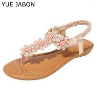 Yue Jabon Sandalias de cristal bohemio Solitas suaves Suela de las mujeres Rhinestone Lady Flip Flaks Pearl Slip on Tong Female Flat Beach Shoes1