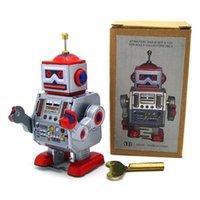100 unids / lote Worldwide Hot Selling Clockwork Toys Vintage Mechanical Wind Up Metal Walking Robot Tin Collection Adulto Juguete Niños Regalo