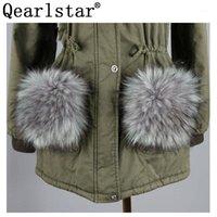 Corbatas de cuello Qearlstar Mujeres Faux Mapache Fur Bolsillo Decoración Fuffy Fashion Coat Pelts 2pcs Femenino Accesorios de invierno ZKG231
