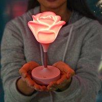 Les lumières roses de la Saint-Valentin ont mené la lumière USB Puissance Silcone Silcone Touch à trois vitesses Rose Rose Lights Saint Valentin Cadeau de la fête de la Saint-Valentin HHA1709
