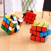 DHL Schiff Intelligenz Spielzeug Zyklone Jungen Mini Finger 3x3 Speed Cube Aufkleberloser Finger Magic Cube 3x3x3 Puzzles Spielzeug Großhandel