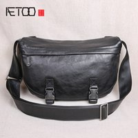 HBP AETOO Vintage leather men's bags, one-shoulder head leather bags, trendy crescent bags, men's oblique casual postbags