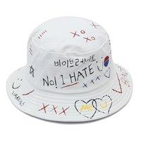 Nowy Hip Hop Black White Letter Graffiti Caps Caps Fishman Hat Chapeau Femme Mens Caps Korea