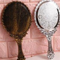 Рука высокой четкости глядя стеклянные ретро узор тщеславие освещенное макияженое зеркало Корейский стиль принцесса компактные зеркала портативная ручка 2 2JF B2