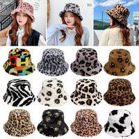 Forme el sombrero del cubo de invierno para las mujeres chicas Faux piel cálida suave peluche pescador gorra multicolor arco iris vaca al aire libre cloche sombreros
