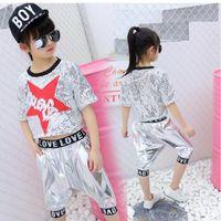 Носите сценические девочки мальчики блестки бальные джазовые хип-хоп танцевальные соревнования костюм костюм футболки Tops брюки для детей танцующие одежды