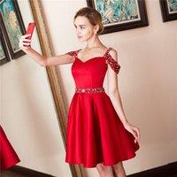 Hombros fríos Vestidos de casa rojos cortos Vestidos de cumpleaños HOCO