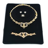 2021 Neue Modeschmuck 14k Gold Armband Womens Halskette Womens Wedding Braclets Ohrringe für Frauen Set