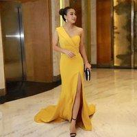 Желтые русалки одно плечо вечерние платья атлас высокой расколотой крытая кнопка выпускных платьев дешевый длинный поезд официально женские одежды одежды