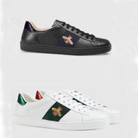 Chaussures de loisirs Spring Automne Baskets Sneakers En Cuir Hommes Blanc Femme Chaussures Gymnastique Dancing Conduite Chaussures Casual Grande Taille 34-42-45