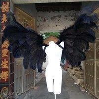 Custom-Conception Blanc Black Ostrich Angel Feather Wings pour l'exposition automobile Partie de mariage Affiche les accessoires de tir