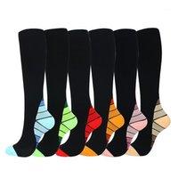 Unisex Elastik Açık Sıkıştırma Diz Yüksek Kadın Erkek Çorap Nefes Naylon Fitness Spor Kamp Futbol Çorap Korumak Ayak1