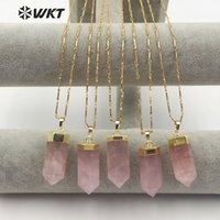 WT-N1144 Collier de quartz en cristal de rose naturel naturel avec doré en métal coiffé de la tour pendentif style romantique femme cadeau y1220