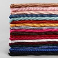 Schals gefaltete einfache Schal Falten-Muslim-Hijab-Schal Solide Mode-Schalldämpfer 22 Farbe