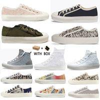 2021 Продают хорошо высококачественные женские туфли Espadrilles кроссовки печать прогулки кроссовки вышивка холст платформы обувь девушки плоский низкий # 56