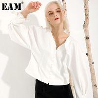 [EAM] Frauen Weiße kurze Temperament Bluse Neue V-Kragen Lange Laterne Hülse Lose Fit Hemd Mode Gezeiten Frühling Herbst 2020 S0331