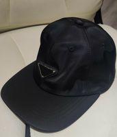 Designer Cappelli Cappelli uomo Black Sun Hat Cappello invernale Noble Joker Cappelli per uomini e donne Cappellino per il tempo libero Popolare Logo Logo Cappelli da uomo senza scatola 21010901DQ