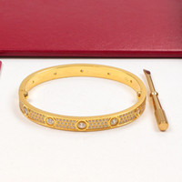 أزياء الرجال النساء سوار الماس تصميم أساور 316L الفولاذ المقاوم للصدأ لا تتلاشى عارضة بيع اللباس للرجال أساور الذهب رخيصة