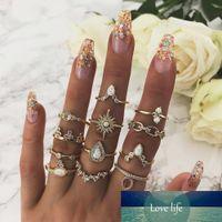 12 pcs / set anillos de oro vintage para las mujeres niña Boho Crown Crown Star Knuckle Ring New Fashion Bohemian Boda Joyería