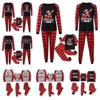 Christmas Xmas Plaid Pajamas Family Matching Two Piece Outfits Kids 2020 2021 Mask Reindeer Santa Clause Pjm Set Night Home Clothes E110301