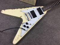 Rare 1976 James Hetfield Metallica Kill 'EM TODOS Olímpicos Blanco Relic Relic Flying V Electric Guitar, copia EMG Pickups, Hardware de Chrome