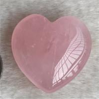 Cristalli di guarigione naturale Pietra Pietra Pink Love Gemstone Ornamenti Arti e mestieri Artigianato Artigianato Heartshaped Bella donna scolpita Nuovo arrivo 5tr3 m2