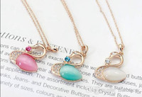 Swan Colliers Fashion Femmes Opal Swan Pendentifs Collier Pull Sweater Chaîne Bijoux Noël Cadeau Opal Collier oiseau élégant