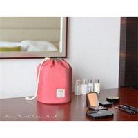 جديد الكورية أنيقة سعة كبيرة برميل شكل نايلون غسل المنظم تخزين السفر تسريحة الحقيبة حقيبة ماكياج التجميل للنساء