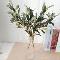 Dekoratif Çiçekler Çelenkler 3 adet Yapay Zeytin Ağacı Dalları Meyve Yaprakları Ile Ev Parti Düğün DIY Dekorasyon Bitkileri Çelenk1