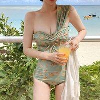 Японские и корейские ins стиль 19 лет новое сексуальное цветочное плечо крутить цельный купальник пляж бикини женщины