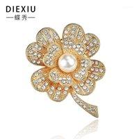 Pins, spille Europa e America Boutique di fascia alta boutique trifoglio trifoglio flower flower rhinestone accessori abbigliamento1