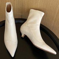 genuino di cuoio di autunno Tacchetto a spillo punta indicati stivaletti delle donne eleganti signore dello slip-on nere sottili scarpe da donna corti stivaletti