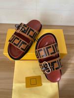 2021 Pantofole da uomo e da donna in stile caldo, stile casual in stile classico All-Match, sandali da donna e pantofole da uomo + scatola grossisti grossisti