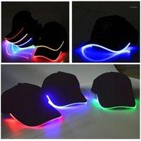 Capuchons à balles Design LED Éclairez les chapeaux réglables de baseball rougeoyants parfaits pour la fête hip-hop courante et plus1