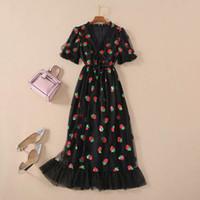 Runway Hot Black Strawberry Kleid Frauen Kurzarm V-Ausschnitt Schnüren Bogen Rüschen Mesh Tulles Langes Kleid