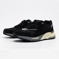 M992 Sneaker per gli uomini Sneakers in pelle scamosciata Mens Scarpe sportive da donna Scarpe da donna Scarpe da donna Scarpe da ginnastica uomo formazione donna atletica chaussures nero