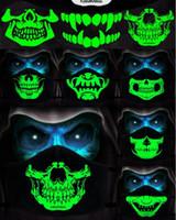 Coton anti-poussière PM2.5 Anime Dessin animé Noir Masque Noir Femme Femme Men Nuit Glow dans la bouche sombre Masques de la bouche de la crâne Donc Masque de visage