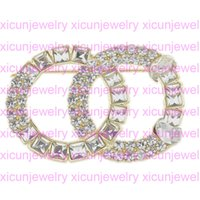 Nuevo Llegada Broches Lujo Crystal Designer Broche Pines Aleación Broche Ropa Carta Broches Mujeres Joyería De Moda Mejor Calidad
