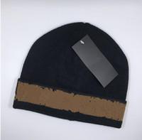 Fashion Automne Hiver Unisexe Chapeau de laine Bonnet Bonne Qualité Casual Lettre chaleureuse Chapeaux pour hommes et femmes Designer Cap Cap Capuchon de crâne H557