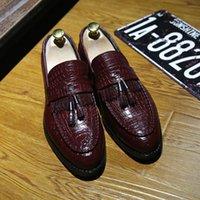 Männer Schuhe Hohe Qualität Echtes Leder Männer Müßiggänger Schuhe Vintage Quaste Männer Slip auf Oxford Schuhe MOCASSIN HOMME Delocrd T200610