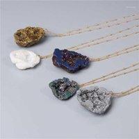 Collane pendente 2021 Moda irregolare in pietra naturale bianco grigio arcobaleno multi spar quarzo Druzy cristalli collana gioielli1