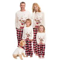 Impresión Pajamas Encantador ropa de dormir Mangas largas Familia Matching New Christmas Kids Womens Elk Pijama Juego 2020 34WM K2