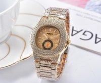 새로운 도착 남성 전체 라인 석 시계 최고 품질 남성 사각형 디자이너 손목 시계 다이아몬드 베젤 스틸 스트랩 시계