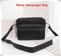 Yeni Erkek Omuz Çantaları Tuval Deri Tasarımcılar Messenger Çanta Ünlü Gezi Postacı Klasik Çanta Evrak Çantası Crossbody Kaliteli Cüzdan PU