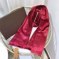 Foulard en soie Mode Homme Femmes 4 Saison Châle Foulard Taille Lettre Echarpes 180x70cm 6 couleur de haute qualité