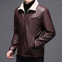 Giacche da uomo Cool in pelle per uomo in autunno e inverno con un rivestimento in velluto vestiti da moto stand collare addensato da padre outfit1