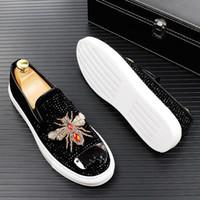 2020 Men Glitter Shoes New Mens Moda Casual Flats Masculino Designer Designer Sapatos Leginados Mocassins Plataforma Masculina Sapatos de Condução 38-43 B1336